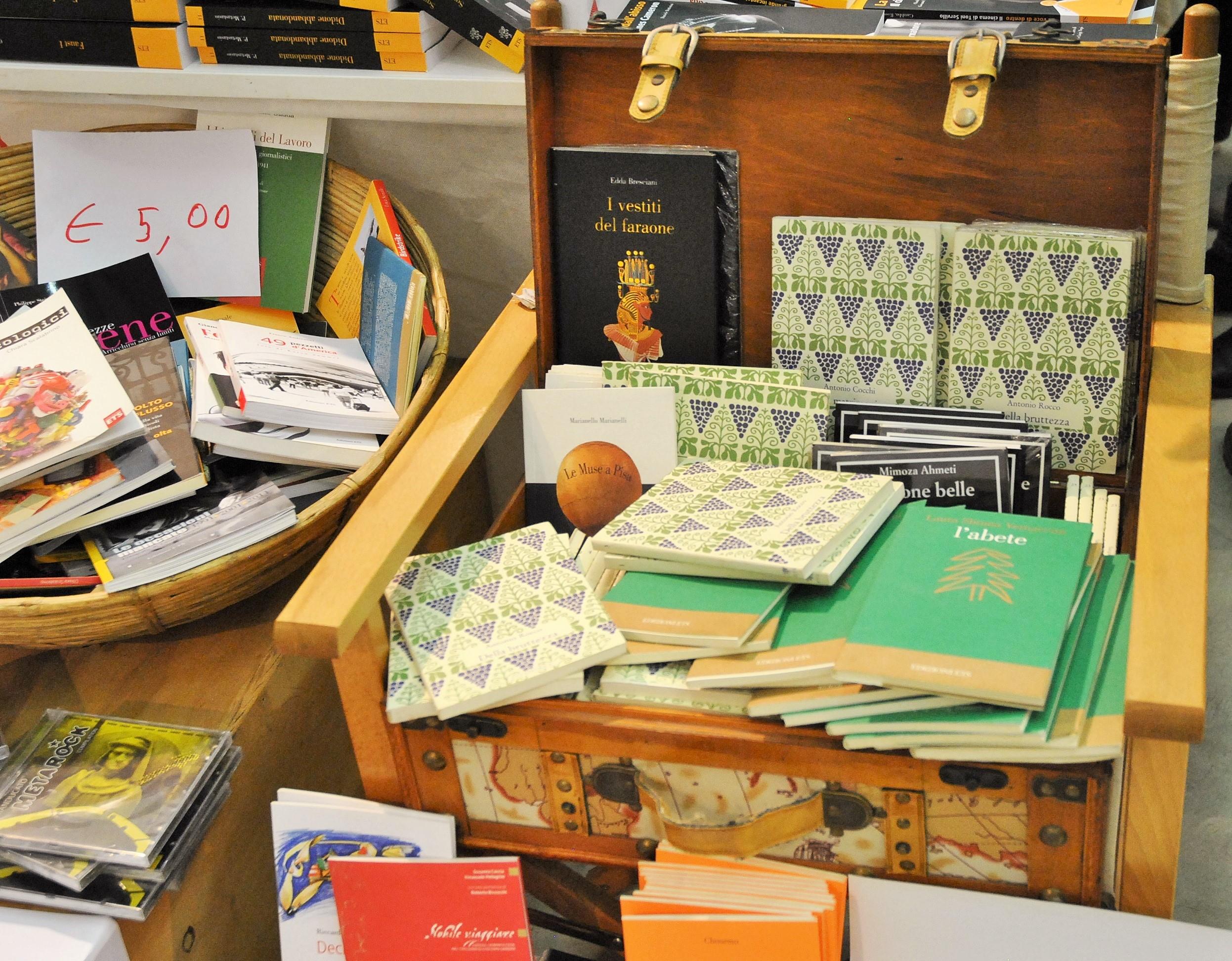 Libri in scatola al PBF 2014